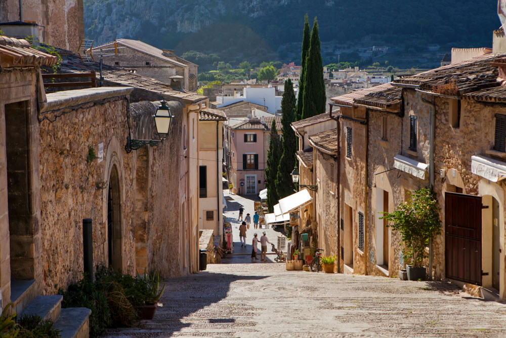 boutique hotel in pollensa old town
